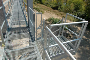 7.5 OSHA Handrail